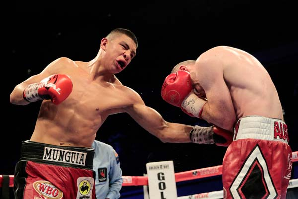 Liam Smith: Munguia is Not a Much Better Fighter Than Me